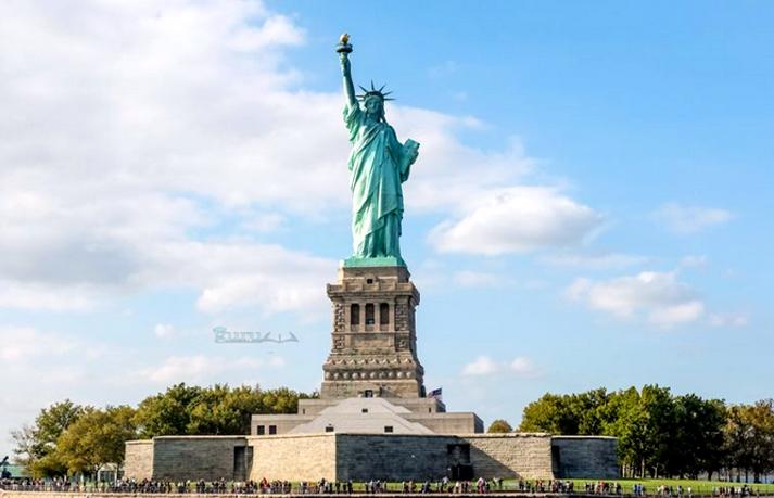 Contoh-Patung-Liberty